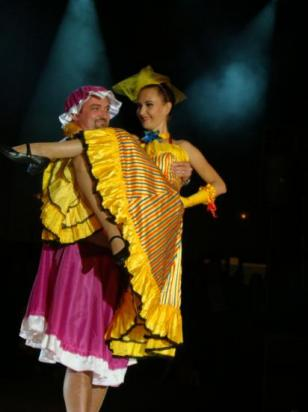 FRENCH CANCAN - PARTICIPATION DU PUBLIC